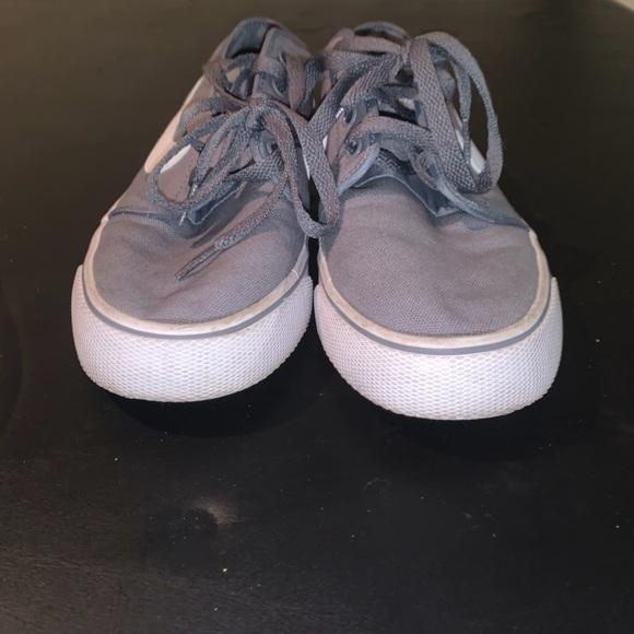 Nike Shoes Vans Like (Men's 8, Women 7)